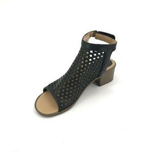 Nine West Girl's Putian Chunky Heel Sandals Sz 3